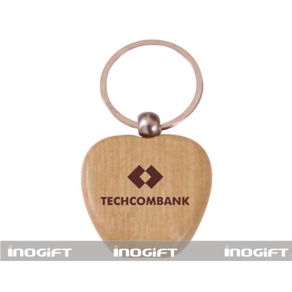 moc-khoa-bang-go-cua-techcombank